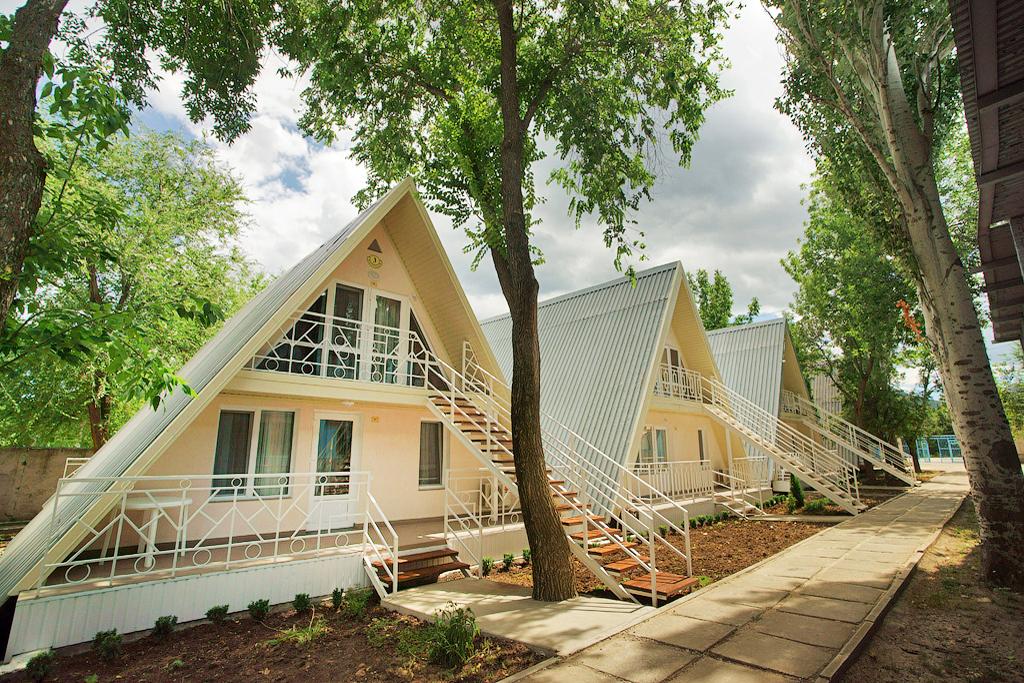 Лучший отель для семейного отдыха в Коктебеле - ТОСК Приморье